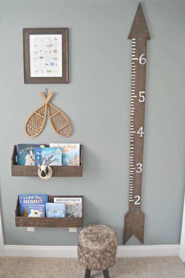 We all know that babies grow too fast. Keep track of their growth with this giant height ruler.