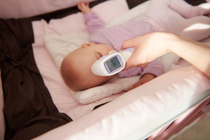 Babythermometer Test