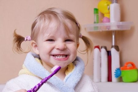 10 Best Toddler & Baby Toothbrushes (2019 Reviews)