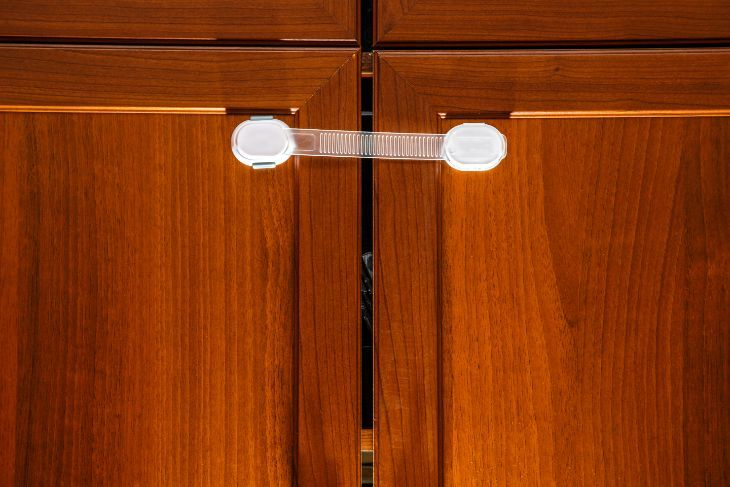The 10 Best Cabinet Locks For Babyproofing Your Home 2018