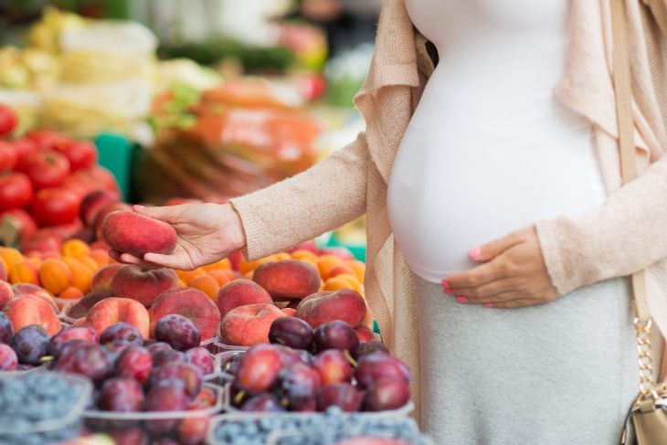 Prenatal Fruit Consumption Boosts >> The 10 Best Pregnancy Friendly Fruits For Your Body And Your Baby