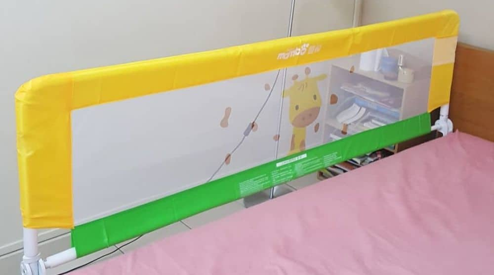 purchase cheap 2115f c2bf1 7 Best Toddler Bed Rails and Bumpers (2019 Reviews)