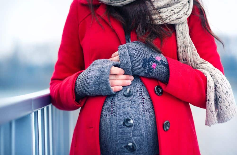 Feeling Cold During Pregnancy: Is It Normal? (5 Possible Causes)