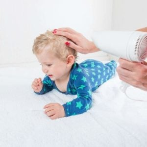 How to Wash and Dry Baby's Hair: Tips You Need to Know