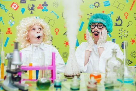 21 Best Science Kits for Kids (2019 Reviews)