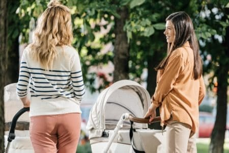 moms with bassinet strollers