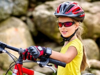 5 Best Biking Gloves for Kids (2020 Picks)