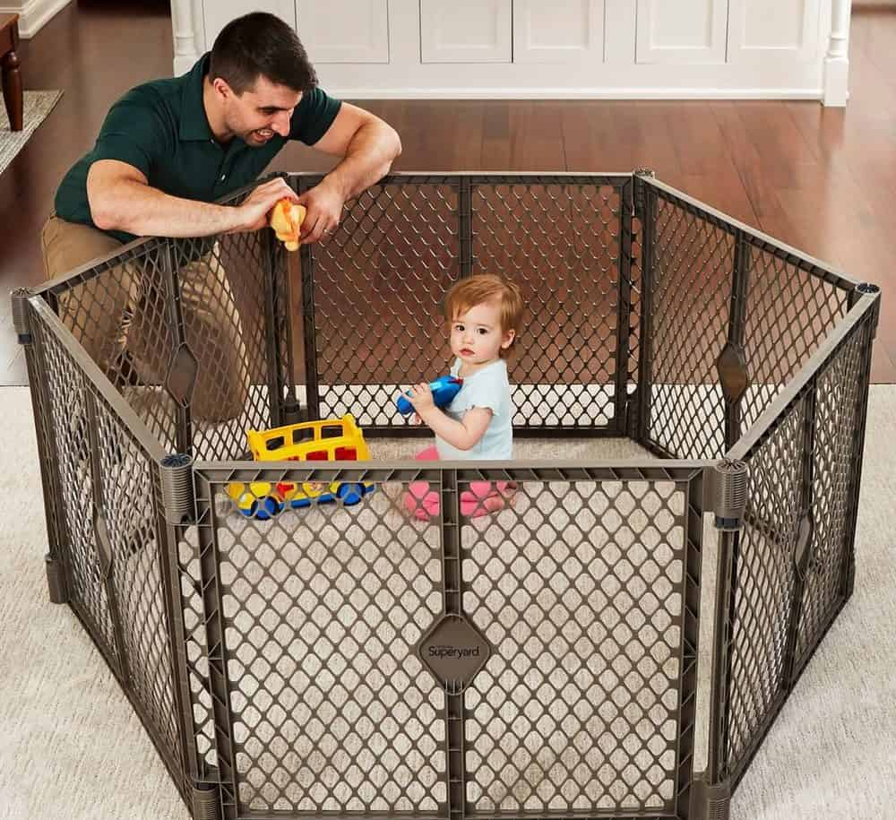 10 Best Baby Fences (2020 Reviews)
