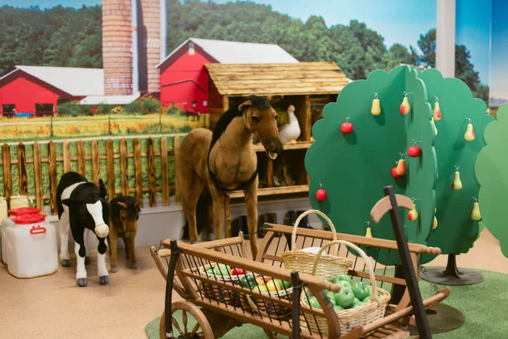Children's toy farm