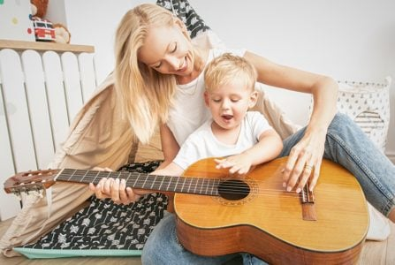 Songs To Sing To Your Baby (50 Classics and New Songs You'll Both Love)