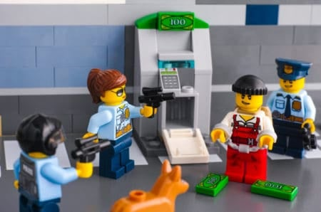 Lego policemen toys arrested thief who hack ATM